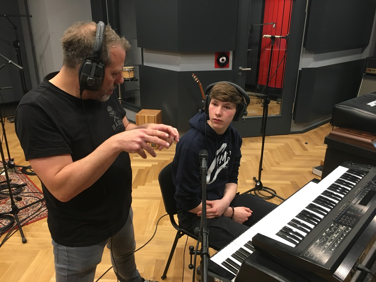 Dennis Poschwatta in den Studios des Abbey Road Institutes
